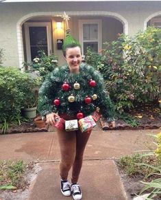 24 Ideas Funny Christmas Tree Themes Ugly Sweater – Holiday& Party Ideas – – MY World Homemade Ugly Christmas Sweater, Funny Christmas Tree, Best Ugly Christmas Sweater, Christmas Tree Themes, Christmas Games, Christmas Stuff, Christmas Eve, Ugly Sweater Contest, Ugly Sweater Party