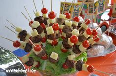 The Kitchen Food Network, Birthday Table, Shark Party, Baby Party, Caramel Apples, Fruit Salad, Finger Foods, Food Network Recipes, Food Styling