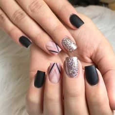 30 Graduation Nails Designs To Feel Like A Queen Latest Nail Art, Trendy Nail Art, Hair And Nails, My Nails, Gold Nails, Triangle Nails, Graduation Nails, Nagel Gel, Prom Nails