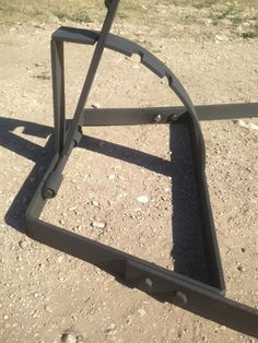 Asado Cross with Adjustable Base used over an open wood fire pit. Cross is high with 3 long horizontal crosses. Adjustable Base is high. Fire Pit Swings, Fire Pit Bbq, Wood Fire Pit, Fire Cooking, Outdoor Cooking, Outdoor Kitchens, Backyard Smokers, Asado Grill, Timber Roof