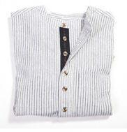 Arbejdsskjorte med kinaflip. 100% bomuld og gennemknappet #tradtioneltarbejdstøj #arbejdstøj #gammeldagsbeklædning #herrerbeklædning #tibberuphoekeren #bonderøv #historiskarbejdstøj
