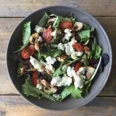 Geitenkaas salade met pecannoten en kastanjechampignons