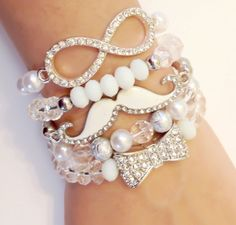 White Bow Bracelet Set