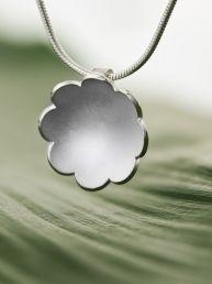 Ursula A - Roosa (riipus, hopea) Ursula, Handmade Jewelry, Jewelry Design, Jewellery, Silver, Fashion, Moda, Jewels, Handmade Jewellery