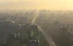 Pekín prohibirá la circulación de coches antiguos durante las alertas por contaminación