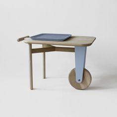 Motus Hybrid Table.      Diseñado por Elena Salmistraro