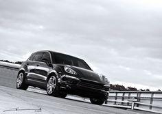Porsche Cayenne - Black on Black