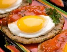 Ranch Style Eggs with Maseca® and Refried Bean Tortillas Huevos Rancheros, Maseca, Gourmet Tacos, Good Food, Yummy Food, Mothers Day Brunch, Gluten Free Breakfasts, Latin Food, Grilled Meat