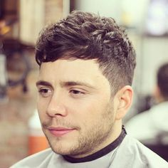 Wavy Hairstyles For Men - Short Sides with Messy Wavy Crew Cut