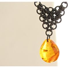 Baltic amber pendant necklace with insect, Vintage necklace, Amber... (890 MXN) ❤ liked on Polyvore featuring jewelry, necklaces, vintage copper jewelry, vintage pendant, vintage jewellery, pendant jewelry and amber necklace