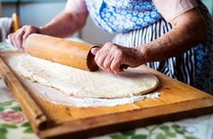 puha, könnyen formálható tészta