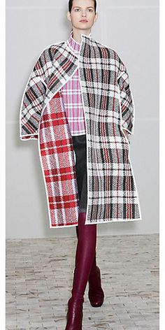 CÉLINE 2013 Winter ready to wear look 22 : Minimal + Classic