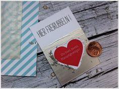 Selber Rubbelkarten machen. Ganz einfach mit Acrylfarbe und Spüli. Noch mehr Ideen gibt es auf www.Spaaz.de