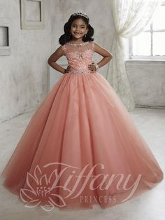 2fbad6a59a0 29fd9cbfbfd97928d61166b588bbe83e--little-girl-dresses-flower-girl-dresses .jpg