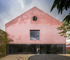 Red House, Lisbon, 2016 - extrastudio