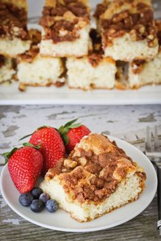 I could eat this coffee cake every single day. So simple, yet so delicious.  Great for Mother's Day brunch or breakfast.