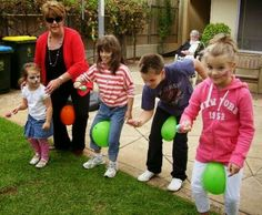 Easter Games for Kids- Fun Activities for Kids - Easter Pictures, Crafts and Messages party games Funny Easter party game for kids- Kitty Groups Online Easter Party Games, Easter Activities For Kids, Kids Party Games, Kids Fun, Balloon Party Games, Kids Birthday Party Games, Balloon Games For Kids, Outdoor Party Games Kids, Games For Easter
