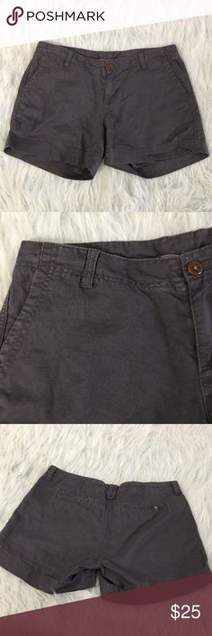 Gray Women's North Face Linen shorts Size 6 Cotton Gray Women's The North Face linen shorts. Size 6 Long, Cotton and Linen blend. Great gently used condition! The North Face Shorts