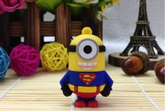 Si mezclamos a Superman, el superhéroe más famoso de todos los tiempos, con los graciosos Minions de Gru, nos encontraremos con esta memoria USB genial, ap