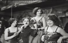 Charlie Chilling with pretty girls on the set of the gold rush