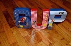 Decoraciones de fiesta de cumpleaños de Mario por LettersbyTina