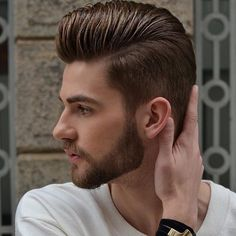 Comb Over Pompadour - Best Men's Hairstyles: Cool Haircuts For Guys Hipster Hairstyles, Asian Men Hairstyle, Cool Hairstyles For Men, Haircuts For Long Hair, Cool Haircuts, Men's Haircuts, Classic Mens Hairstyles, Hair Color Asian, Asian Hair