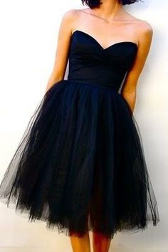 black strapless sweetheart neck tulle short bridesmaid dress More