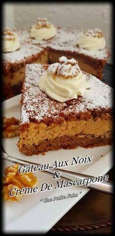 Gâteau Aux Noix & à La Crème De Mascarpone Walnut Mascarpone Cream Cake Mascarpone Cake, Creme Mascarpone, Banana Recipes, Cake Recipes, Dessert Recipes, Pecan Cake, Food Cakes, Cream Cake, Cream Cream