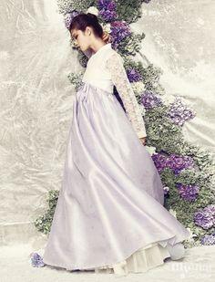 Perfect for wedding Korean Traditional Dress, Traditional Dresses, Korean Dress, Korean Outfits, Korea Fashion, Asian Fashion, Korean Princess, Modern Hanbok, Korean Wedding