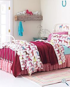 horse room, garnet hill sheets!
