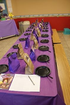 Rapunzel birthday party. Black paper plates with straws taped to them for frying pans. This is adorable!