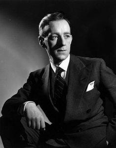 Alec Guiness (1914-2000)