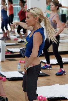 If you dream of having Gwyneth's arms and JLo's abs, then you'll like Tracy Anderson Streaming.