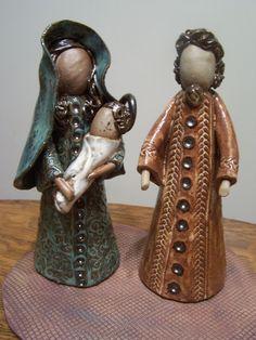 clay nativity by Donna Barton Pottery Sculpture, Pottery Art, Pottery Ideas, Clay Projects, Clay Crafts, Christmas Nativity Scene, Nativity Sets, Kids Clay, Pottery Classes