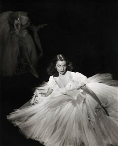 """Vivien Leigh in """"Waterloo Bridge"""" (1940, dir. Melvyn LeRoy) Gowns by Adrian, Gile Steele and Irene."""