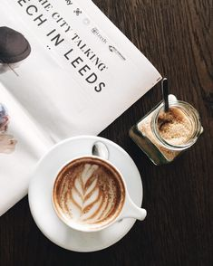 Coffee | Cappucino | Morning | Flatlay | More on Fashionchick.nl
