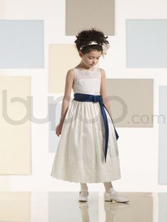 Image from http://www.bupop.net/2505-5358/tea-length-a-line-taffeta-lace-overlay-illusion-bodice-scalloped-sabrina-neckline-flower-girl-dress-jc210356.jpg.