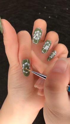 Gel Nail Polish Set, Gel Nail Art, Nail Art Diy, Gel Nails, Nail Art Designs Videos, Nail Art Videos, Pretty Nail Art, Beautiful Nail Art, Art Deco Nails