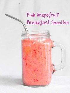 Foods to Eat for Beautiful Skin - Smoothie of the Week: Pink Grapefruit Smoothie - Awesome Anti Aging Diet Tips and Recipes for Skincare Health - Nautral Products Like Coconut Oil and Green Teas that Supply Key Vitamins - Super Foods for Staying Young - t #AntiAgingSmoothieRecipes