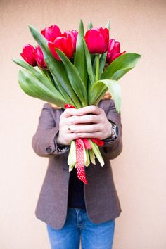 #spring #tulips #red #noface #romania #mystyle