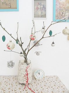 on the day of joyfulness. dottie angel shared with me a happy happy twig of glee Country Christmas, Simple Christmas, White Christmas, Christmas Time, Christmas Ideas, Cottage Christmas, Merry Christmas, Jolly Holiday, Holiday Fun