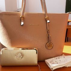 Turn To Our Outlet For #MKHandbags Sale Here for All of You