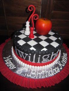 ♥ Twilight ♥... id be lying if i said i didnt love this cake!