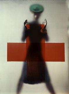 "© ""The Red Cross"" Erwin Blumenfeld"