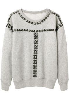 i want a studded sweatshirt soooooo badly.