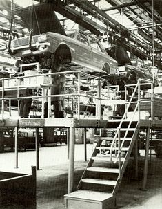 Hillmans in production at Rootes Group factory, Ryton-on-Dunsmore at Coventory Big Six, Production Line, Power Unit, Retro Cars, Armored Vehicles, Coventry, Plymouth, Britain, Classic Cars