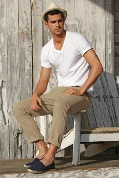 Khakees & white shirt outfit with espadrilles ⋆ Men's Fashion Blog - TheUnstitchd.com