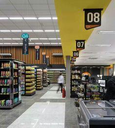 Pin by alexandra marcano on interior in 2019 продуктовый магазин, дизайн ма Retail Store Design, Retail Shop, Store Layout, Property Design, Shops, Shop Front Design, Signage Design, Shop Interiors, Grocery Store