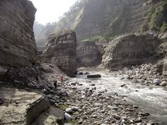 Gorges are eradicated by downstream sweep erosion   #GeologyPage