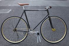 Fixed Gear from Cycles Basement http://cycles-basement.com